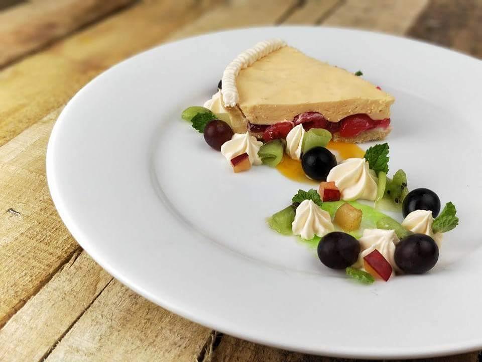 Creamy cherry jello pie