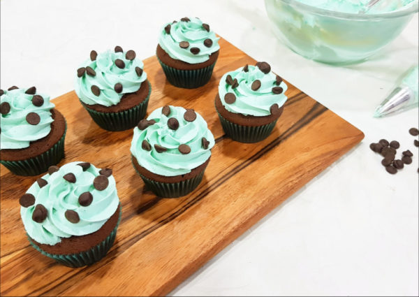 mint choco chip cupcakes